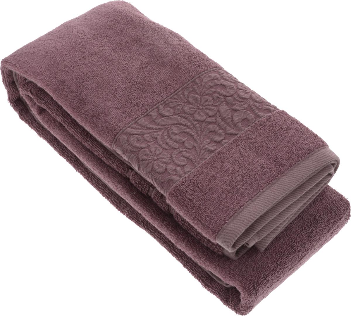Полотенце бамбуковое Issimo Home Valencia, цвет: пыльная роза, 90 x 150 см4774Полотенце Issimo Home Valencia выполнено из 60% бамбукового волокна и 40% хлопка. Таким полотенцем не нужно вытираться - только коснитесь кожи - и ткань сама все впитает. Такая ткань впитывает в 3 раза лучше, чем хлопок. Несмотря на высокую плотность, полотенце быстро сохнет, остается легкими даже при намокании. Изделие имеет красивый жаккардовый бордюр, оформленный цветочным орнаментом. Благородные, классические тона создадут уют и подчеркнут лучшие качества махровой ткани, а сочные, яркие, летние оттенки создадут ощущение праздника и наполнят дом энергией. Красивая, стильная упаковка этого полотенца делает его уже готовым подарком к любому случаю.