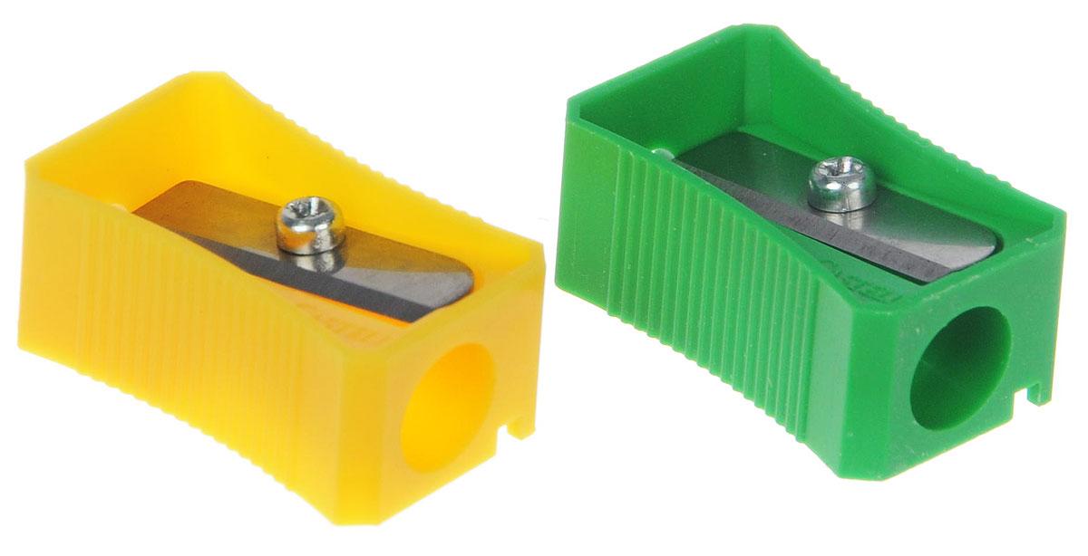 Faber-Castell Точилка цвет зеленый желтый 2 штFS-36054Точилка Faber-Castell предназначена для затачивания классических простых и цветных карандашей.В наборе две точилки из прочного пластика зеленого и розового цветов с рифленой областью захвата. Острые лезвия обеспечивают высококачественную и точную заточку деревянных карандашей.