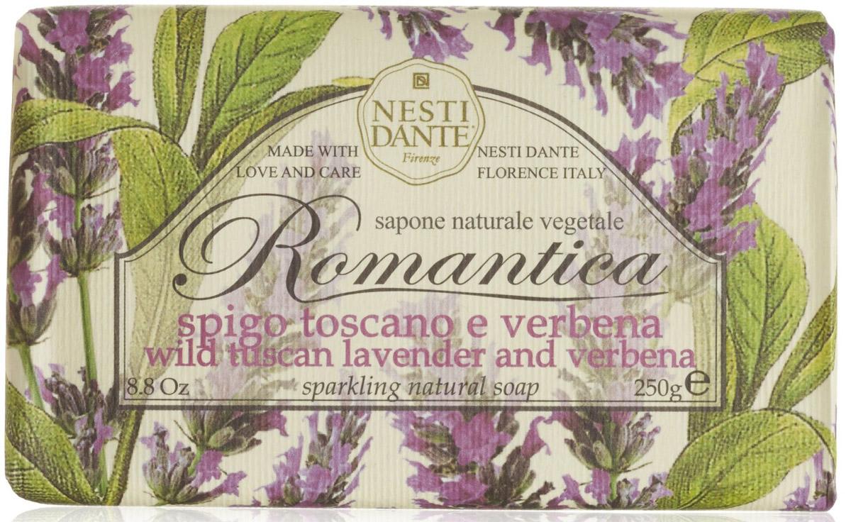 Мыло Nesti Dante Romantica. Тосканская лаванда и вербена, 250 г1307106Натуральное мыло премиум-класса Nesti Dante Romantica. тосканская лаванда и вербена - два букета, бережно отобранные самые романтичные и эмоциональные ароматы, самые незабываемые моменты нашей жизни в магии цветов провинции Тоскана. Аромат лаванды оказывает умиротворяющее действие, повышает внимание, улучшает память и помогает справиться с депрессией. Аромат вербены - легкий, карамельно-леденцовый, свежий и терпкий одновременно. Легкая, приятная композиция напомнит свежесть лепестков омытых утреней росой. Изысканная флорентийская бумага, в которую завернуто мыло, расписана акварелью, на каждом кусочке мыла выгравирована надпись With Love And Care (С любовю и заботой). Характеристики: Вес: 250 г. Производитель: Италия. Товар сертифицирован. Nesti Dante - одна из немногих итальянских мыловаренных фабрик, которая продолжает использовать в производстве только натуральные ингредиенты и кустарный способ...