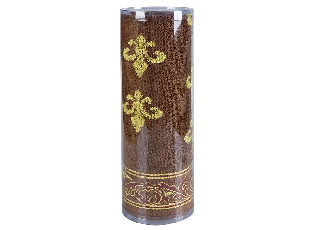 Полотенце Soavita Вензель, цвет: коричневый, 65 х 130 см82977Махровое полотенце Soavita Вензель выполнено из хлопка. Полотенца используются для протирки различных поверхностей, также широко применяются в быту. Такой набор станет отличным вариантом для практичной и современной хозяйки. Махровое полотно создается из хлопковых нитей, которые, в свою очередь, прядутся из множества хлопковых волокон. Чем длиннее эти волокна, тем прочнее будет нить, и, соответственно, изделие. Длина составляющих хлопковую нить волокон влияет и на фактуру получаемой ткани: чем они длиннее, тем мягче и пушистее получится махровое изделие, тем лучше будет впитывать изделие воду. Хотя на впитывающие качество махры - ее гигроскопичность, не в последнюю очередь влияет состав волокна. Мягкая махровая ткань отлично впитывает влагу и быстро сохнет. Размер полотенца: 65 х 130 см.