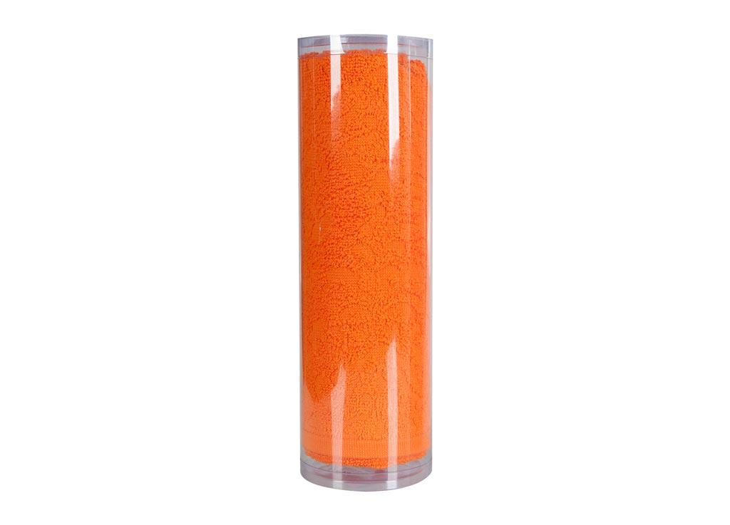 Полотенце махровое Soavita Eo. Flamingo, цвет: оранжевый, 70 х 140 см83079Махровое полотно создается из хлопковых нитей, которые, в свою очередь, прядутся из множества хлопковых волокон. Чем длиннее эти волокна, тем прочнее будет нить, и, соответственно, изделие. Длина составляющих хлопковую нить волокон влияет и на фактуру получаемой ткани: чем они длиннее, тем мягче и пушистее получится махровое изделие, тем лучше будет впитывать изделие воду. Хотя на впитывающие качество махры – ее гигроскопичность, не в последнюю очередь влияет состав волокна. Мягкая махровая ткань отлично впитывает влагу и быстро сохнет. Soavita – это популярный бренд домашнего текстиля. Дизайнерская студия этой фирмы находится во Флоренции, Италия. Производство перенесено в Китай, чтобы сделать продукцию более доступной для покупателей. Таким образом, вы имеете возможность покупать продукцию европейского качества совсем не дорого. Домашний текстиль прослужит вам долго: все детали качественно прошиты, ткани очень плотные, рисунок наносится безопасными для здоровья красителями, не...