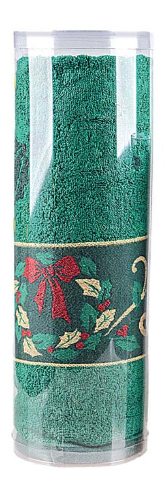 Полотенце махровое Soavita Garland, цвет: зеленый, 70 х 130 см10503Махровое полотно создается из хлопковых нитей, которые, в свою очередь, прядутся из множества хлопковых волокон. Чем длиннее эти волокна, тем прочнее будет нить, и, соответственно, изделие. Длина составляющих хлопковую нить волокон влияет и на фактуру получаемой ткани: чем они длиннее, тем мягче и пушистее получится махровое изделие, тем лучше будет впитывать изделие воду. Хотя на впитывающие качество махры – ее гигроскопичность, не в последнюю очередь влияет состав волокна. Мягкая махровая ткань отлично впитывает влагу и быстро сохнет. Soavita – это популярный бренд домашнего текстиля. Дизайнерская студия этой фирмы находится во Флоренции, Италия. Производство перенесено в Китай, чтобы сделать продукцию более доступной для покупателей. Таким образом, вы имеете возможность покупать продукцию европейского качества совсем не дорого. Домашний текстиль прослужит вам долго: все детали качественно прошиты, ткани очень плотные, рисунок наносится безопасными для здоровья красителями, не линяет и держится много лет. Все изделия упакованы в подарочные упаковки.