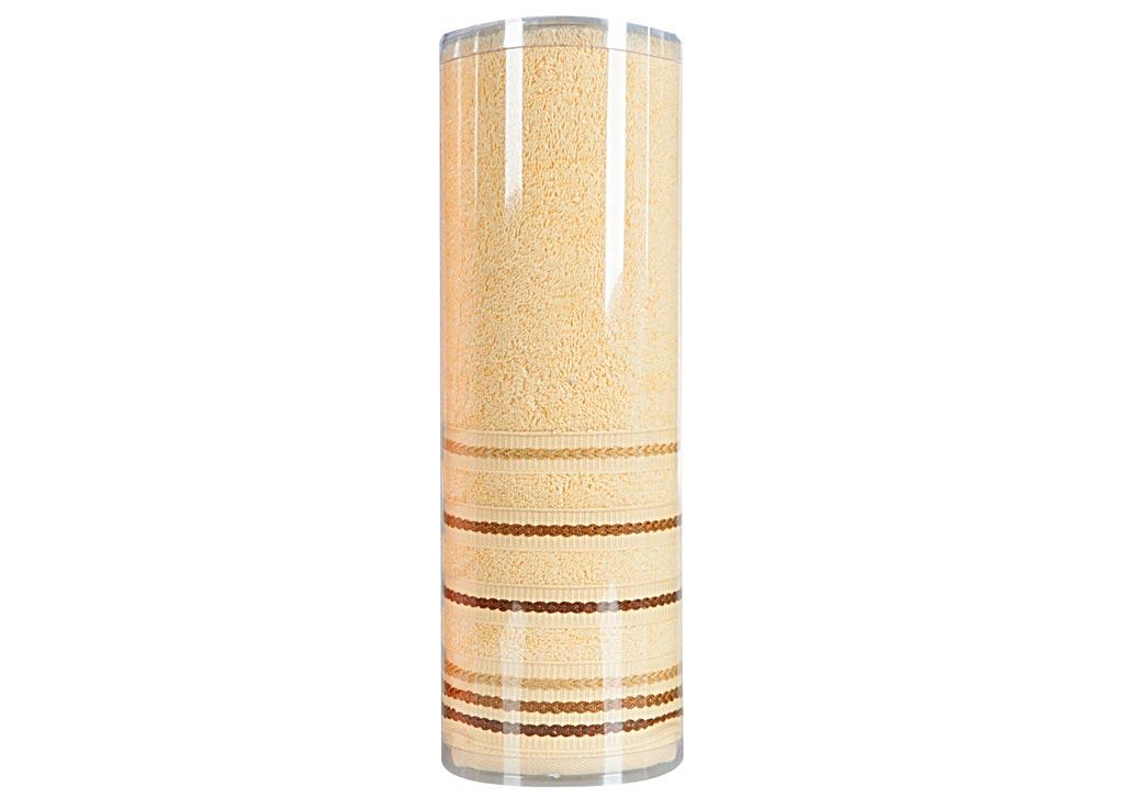 Полотенце махровое Soavita Eo. Элит, цвет: желтый, 70 х 140 смKOC_SOL249_G4Махровое полотно создается из хлопковых нитей, которые, в свою очередь, прядутся из множества хлопковых волокон. Чем длиннее эти волокна, тем прочнее будет нить, и, соответственно, изделие. Длина составляющих хлопковую нить волокон влияет и на фактуру получаемой ткани: чем они длиннее, тем мягче и пушистее получится махровое изделие, тем лучше будет впитывать изделие воду. Хотя на впитывающие качество махры – ее гигроскопичность, не в последнюю очередь влияет состав волокна. Мягкая махровая ткань отлично впитывает влагу и быстро сохнет. Soavita – это популярный бренд домашнего текстиля. Дизайнерская студия этой фирмы находится во Флоренции, Италия. Производство перенесено в Китай, чтобы сделать продукцию более доступной для покупателей. Таким образом, вы имеете возможность покупать продукцию европейского качества совсем не дорого. Домашний текстиль прослужит вам долго: все детали качественно прошиты, ткани очень плотные, рисунок наносится безопасными для здоровья красителями, не линяет и держится много лет. Все изделия упакованы в подарочные упаковки.
