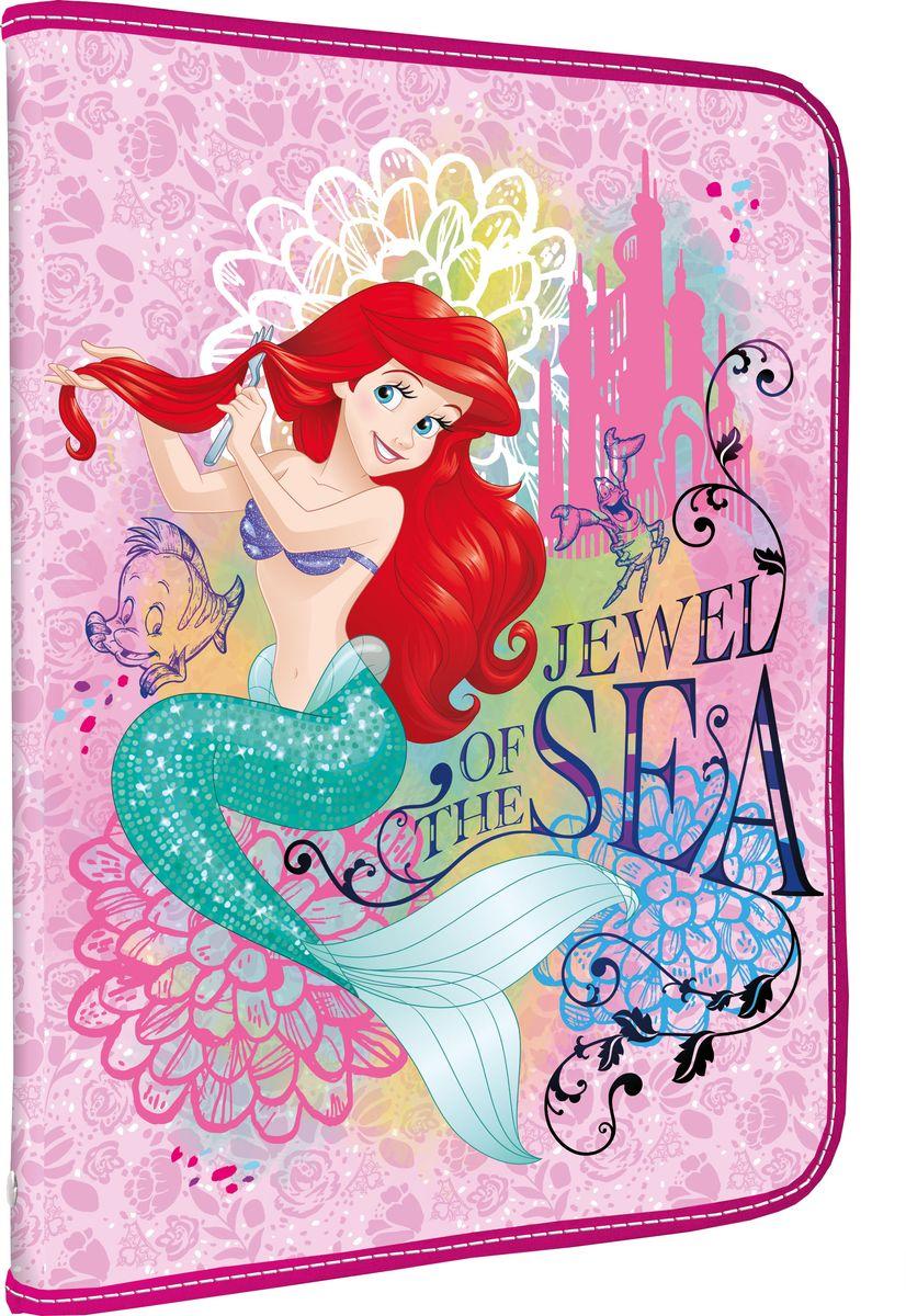 Disney Princess Папка для тетрадей Jewel of the SeaPRDB-US1-PTRA4Папка Disney Princess Jewel of the Sea формата А4 - это оптимальный способ уберечь от деформации тетради, документы, рисунки и прочие бумаги. С ней можно забыть о погнутых уголках и краях. Кроме того, теперь все необходимые бумаги и тетради будут аккуратно собраны, а не распределены по разным местам, что сократит время их поиска. Папка выполнена из полипропилена и застегивается на молнию. Внутри - откидной клапан с креплениями для школьных принадлежностей и секцией для тетрадей, рисунков и бумаг формата А4.