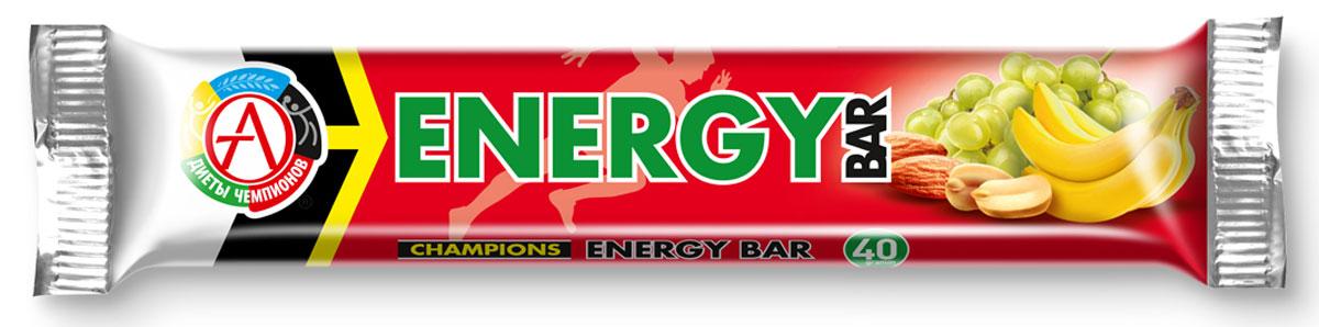 Энергетический батончик Сhampions Diet Champions Energy Bar, фруктово-ореховый, 40 гБП-00000519Батончик фруктово-ореховый «Champions Energy Bar» Обеспечивает энергией за счет природных углеводов. Champions Energy Bar – энергетические батончики нового поколения, вкусное лакомство, удобные в применении, мощные источники энергии на основе специально подобранной композиции натуральных высококачественных углеводов. Champions Energy Bar батончики рекомендуются для всех видов физической активности: фитнеса, бега, велосипеда, коньков и роликов, лыж, футбола, аэробных тренажеров – там, где требуется постоянная подпитка энергией. Компоненты: сухофрукты: банан, виноград, кумкват; ядра ореха миндаля, арахис жареный, облатки вафельные (пшеничная мука, картофельный крахмал, растительное масло), кокосовое масло, антиоксидант (аскорбиновая кислота), ароматизатор идентичный натуральному «Банан». Спортивные батончики – настоящая находка среди продуктов спортивного питания. Это эффективный и, главное, полезный и удобный заменитель питания, концентрирующий в себе...