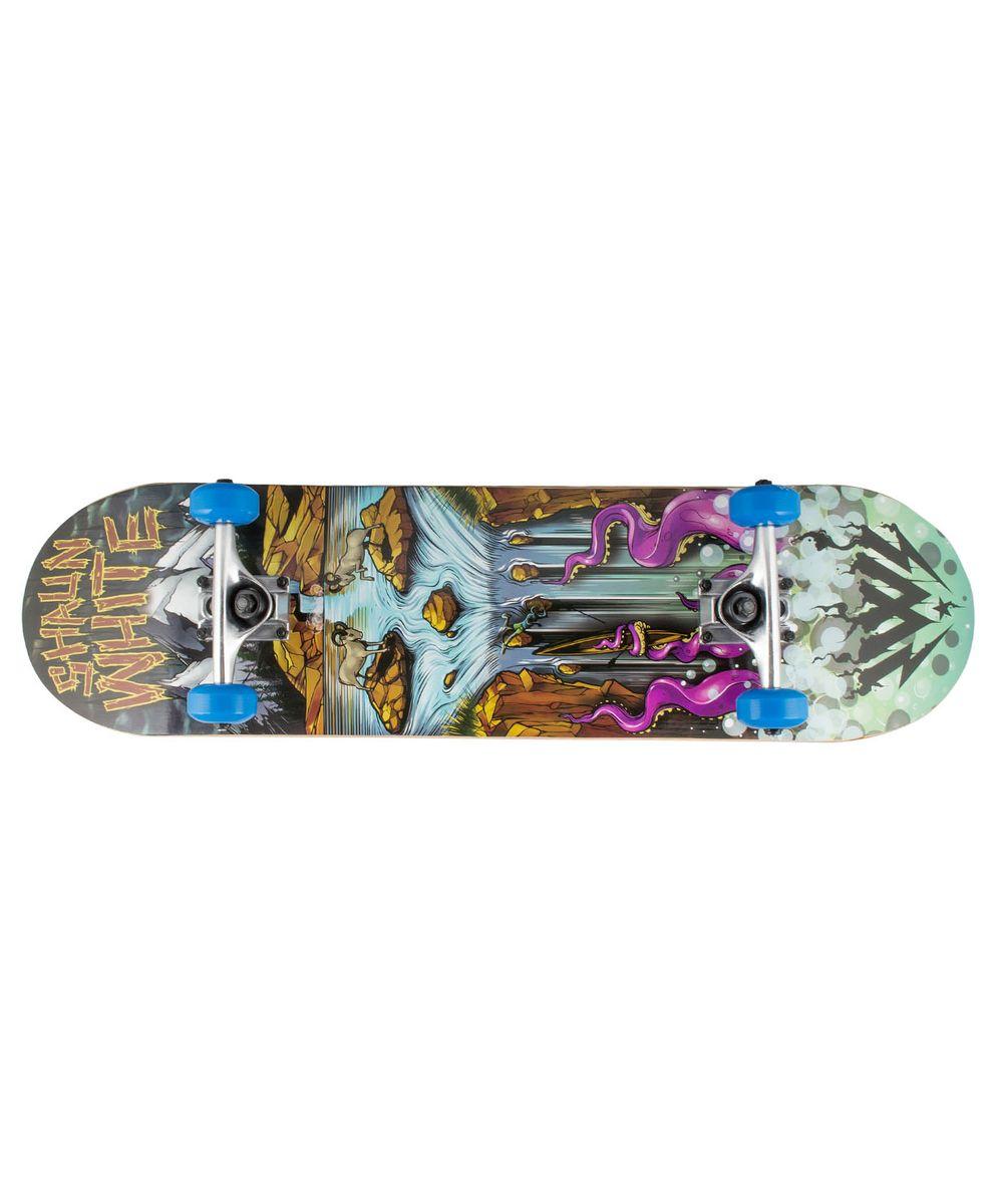 Скейтборд Shaun WHITE-5 Scalp, 31,5Х8, ABEC-5SF 0085Скейтборд Scalp, 31,5Х8- это скейтборд для подростков и взрослых, тех, кто продолжает осваивать или уверенно стоит на доске. На данной доске уже можно уверенно учиться трюкам, так как в конструкции скейта присутствует алюминиевая подвеска, стойкая к ударам и износу.Наличие подшипников ABEC 5 создает более комфортное движение самоката, чем у его предшественников с ABEC 3. Алюминиевая подвеска, ПВХ колеса, 31-ти дюймовая дека, индивидуальный дизайн.Технические характеристики:Дека:китайский клен, 9 слоевРазмер деки:31,5 дюймаМаксимальный вес пользователя, кг:100Подвеска:алюминийКолеса:PVCПодшипники:ABEC-5Производство:КНР