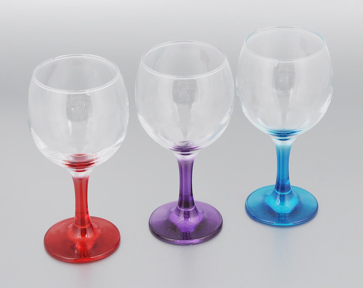 Набор бокалов Pasabahce Enjoy, 290 мл, 3 шт96179BDНабор Pasabahce Enjoy состоит из 3 бокалов, изготовленных из высококачественного натрий-кальций-силикатного стекла. Изделия оснащены цветными ножками. Такой набор прекрасно дополнит праздничный стол и станет желанным подарком в любом доме. Можно мыть в посудомоечной машине. Диаметр бокала (по верхнему краю): 6,5 см. Высота бокала: 16 см.