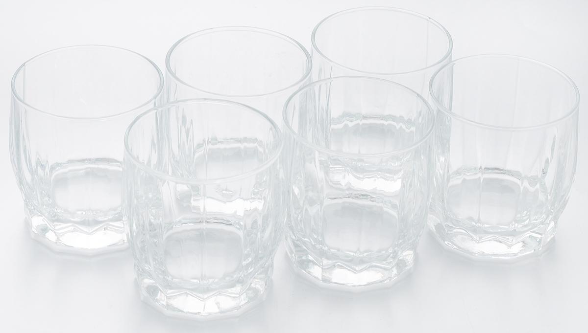 Набор стаканов для сока Pasabahce Dance, 230 мл, 6 шт42866BНабор Pasabahce Dance состоит из шести стаканов, выполненных из закаленного натрий-кальций-силикатного стекла. Низкие граненые стаканы с широким горлышком предназначены для подачи сока, компота и других напитков. Стаканы сочетают в себе элегантный дизайн и функциональность. Набор стаканов Pasabahce Dance идеально подойдет для сервировки стола и станет отличным подарком к любому празднику. Можно использовать в морозильной камере и микроволновой печи. Можно мыть в посудомоечной машине. Диаметр стакана (по верхнему краю): 7 см. Высота стакана: 8 см.