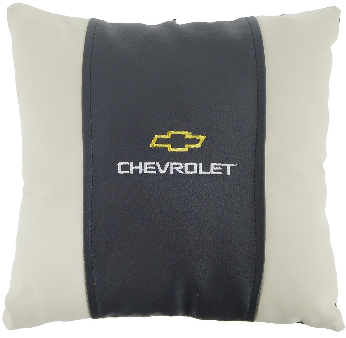 """Подушка на сиденье Autoparts """"Chevrolet"""", 30 х 30 см М046"""