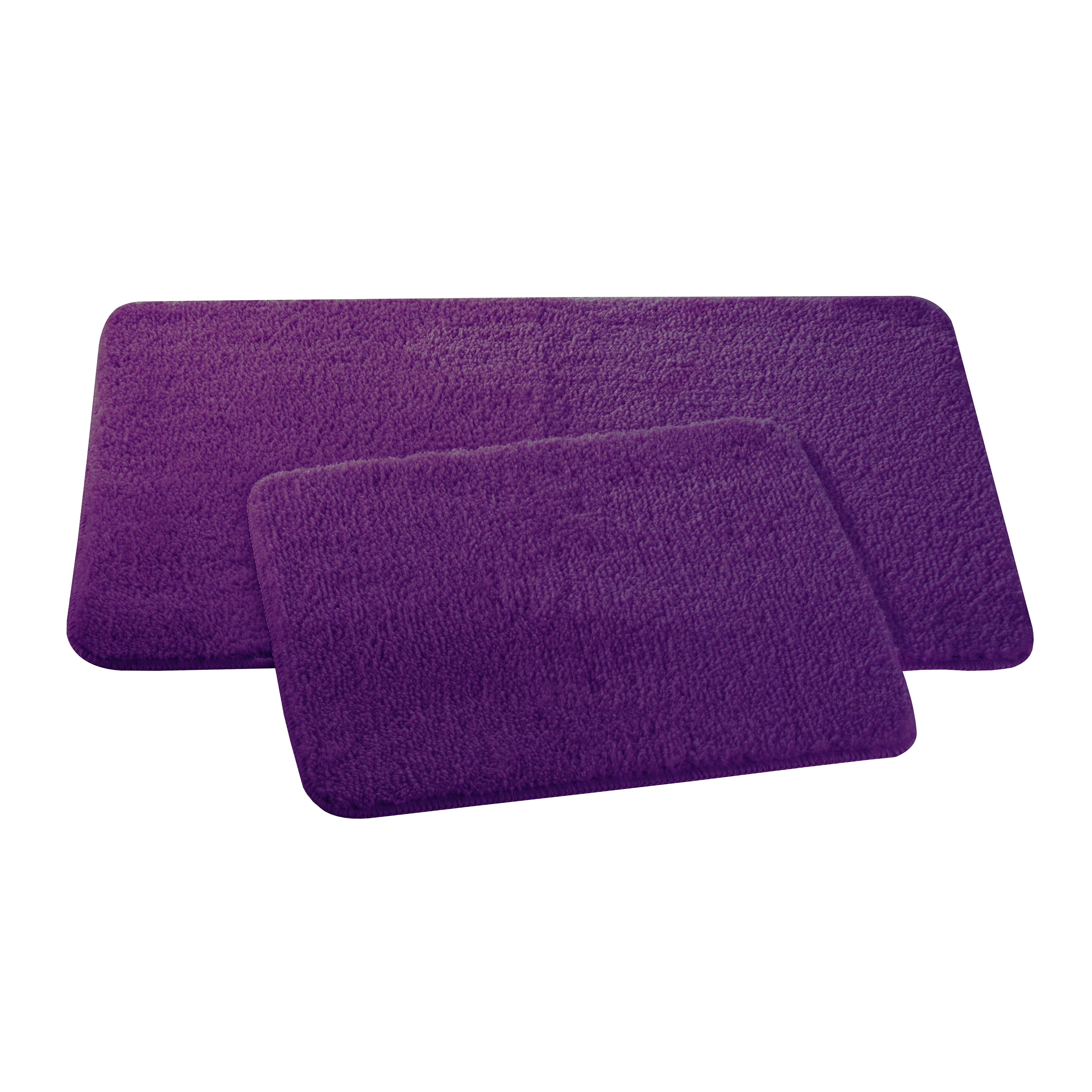 Набор ковриков для ванной и туалета Axentia, цвет: фиолетовый, 2 штUP210DFНабор Axentia, выполненный из микрофибры (100% полиэстер), состоит из двух стеганых ковриков для ванной комнаты и туалета. Противоскользящее основание изготовлено из термопластичной резины и подходит для полов с подогревом. Коврики мягкие и приятные на ощупь, отлично впитывают влагу и быстро сохнут. Высокая износостойкость ковриков и стойкость цвета позволит вам наслаждаться покупкой долгие годы. Можно стирать в стиральной машине. Размер ковриков: 50 х 80 см; 50 х 40 см.Высота ворса 1,5 см.