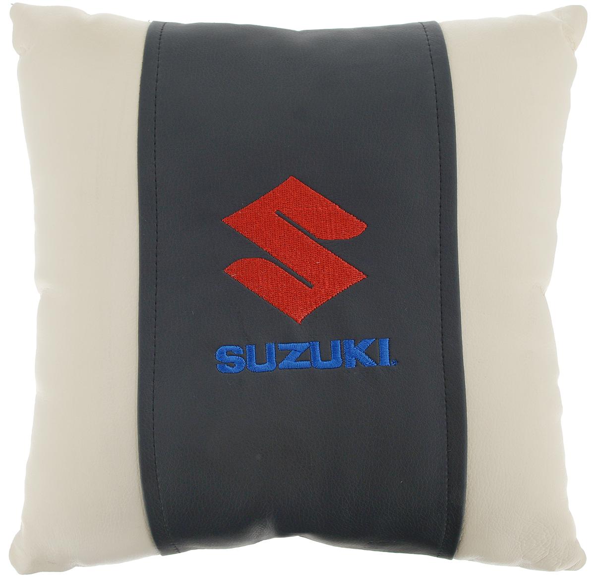 Подушка на сиденье Autoparts Suzuki, 30 х 30 смМ059Подушка на сиденье Autoparts Suzuki создана для тех, кто весь свой день вынужден проводить за рулем. Чехол выполнен из высококачественной дышащей экокожи. Наполнителем служит холлофайбер. На задней части подушки имеется змейка. Особенности подушки: - Хорошо проветривается. - Предупреждает потение. - Поддерживает комфортную температуру. - Обминается по форме тела. - Улучшает кровообращение. - Исключает затечные явления. - Предупреждает развитие заболеваний, связанных с сидячим образом жизни. Подушка также будет полезна и дома - при работе за компьютером, школьникам - при выполнении домашних работ, да и в любимом кресле перед телевизором.