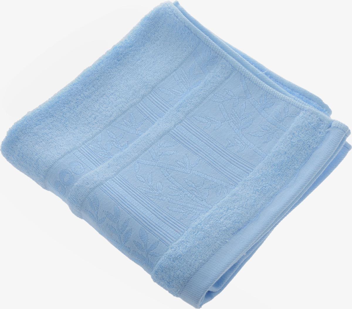 Полотенце Soavita Carol, цвет: голубой, 45 х 90 смUP210DFПолотенце Soavita Carol выполнено из 100% бамбукового волокна. Изделие отлично впитывает влагу, быстро сохнет, сохраняет яркость цвета и не теряет форму даже после многократных стирок. Полотенце очень практично и неприхотливо в уходе. Оно создаст прекрасное настроение и украсит интерьер в ванной комнате.Рекомендуется стирка при температуре 40°C.