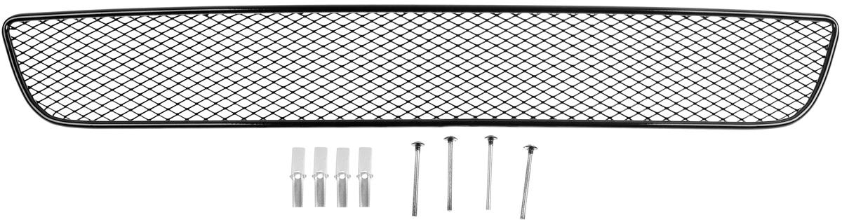 Сетка для защиты радиатора Novline-Autofamily, внешняя, для Chevrolet Cruze (2009-2013)2706 (ПО)Сетка для защиты радиатора Novline-Autofamily изготовлена из антикоррозионного материала, что гарантирует отсутствие ржавчины в процессе эксплуатации. Изделие устанавливается на штатную решетку переднего бампера автомобиля, защищая таким образом радиатор от попадания камней, крупных насекомых, мелких птиц. Простая установка делает это изделие необыкновенно удобным. В отличие от универсальных сеток, для установки которых требуется снятие бампера, то есть наличие специализированных навыков и дополнительного оборудования (подъемник и так далее), для установки этой сетки понадобится 20 минут времени и отвертка. Данный продукт разработан индивидуально под каждый бампер автомобиля. Внешняя защитная сетка радиатора полностью повторяет геометрию решетки бампера и гармонично вписывается в общий стиль автомобиля.