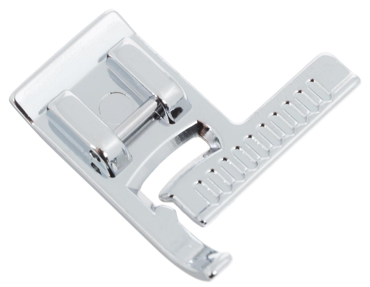 Лапка для швейной машины Aurora, с линейкойAU-154Лапка для швейной машины Aurora используется для выполнения прямой строчки параллельно краю материала. Шлаку на прижимной планке можно использовать для отстрачивания срезов как на прямых, так и на изогнутых частях изделия. Подходит для большинства современных бытовых швейных машин. Инструкция по использованию прилагается.