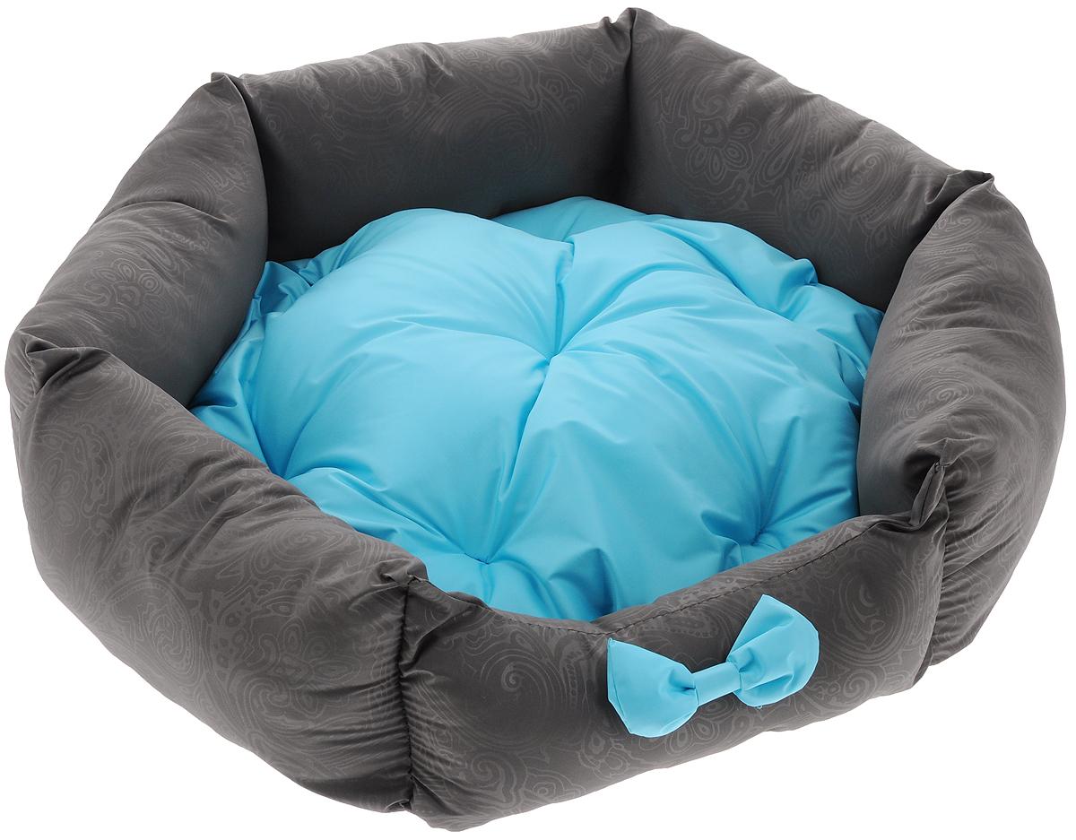 Лежанка для собак Lion Manufactory Комфорт, с подушкой, цвет: голубой, 53 х 48 х 16 смLM4090-001s_голубойЛежанка Lion Manufactory Комфорт, выполненная из хлопка и синтепона, предназначена для собак. Она идеальна для клеток и автомобилей. Легко складывается для хранения и перевозки. К изделию не прилипает шерсть животного. Изделие оснащено съемной подушкой.