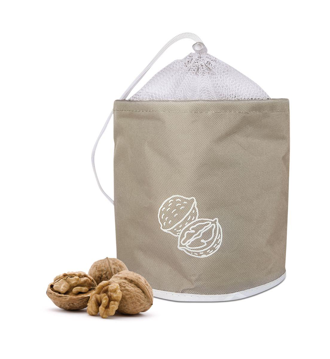 Сумка для хранения орехов Iris, до 3 кг, цвет: бежевыйI9512-TСохраните Ваши орехи свежими! Сумка довольно вместительная, может держать до 5 кг. Очень компактная, складывается как обычный тряпичный пакет. Цвет - бежевый