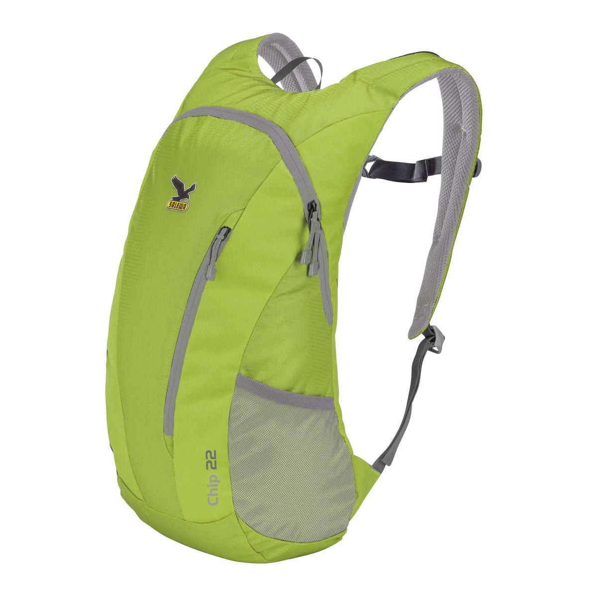 Рюкзак городской Salewa Chip 22, цвет: светло-зеленый, 22 л. 1130_5330ЛЦ0009Стильный городской рюкзак Salewa Chip 22 выполнен из полиэстера. Изделие имеет одно основное отделение, которое закрывается на застежку-молнию. Внутри расположен накладной карман для небольшого ноутбука. Снаружи, на передней стенке находится прорезной карман на застежке-молнии, в который рюкзак компактно складывается. По бокам расположены сетчатые карманы на эластичных резинках.Рюкзак оснащен широкими регулирующими лямками и удобной ручкой для переноски в руках. Лямки дополнены регулируемым грудным ремнем. Спинка и внутренняя сторона лямок оснащена сетчатыми вставками, которые обеспечивают воздухопроницаемость и комфорт во время носки. Компактный городской рюкзак идеально подойдет для повседневного использования и активного досуга.