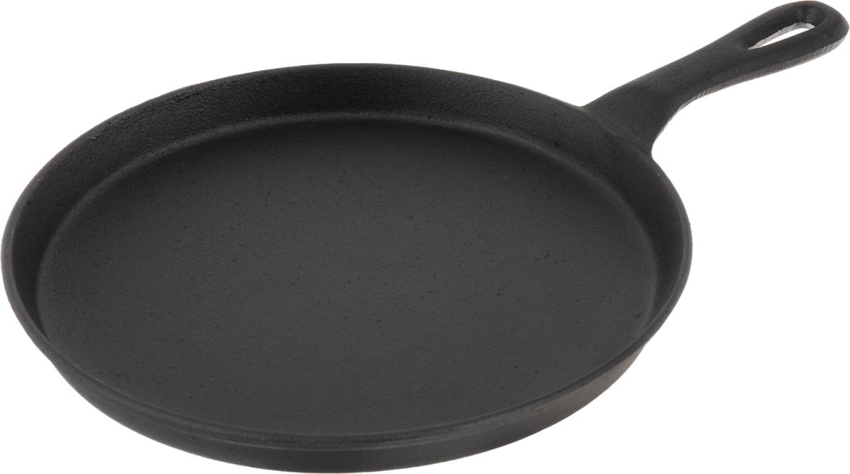 Сковорода чугунная Mayer & Boch. Диаметр 27 см20517Сковорода Mayer & Boch, изготовленная из чугуна, идеально подходит для приготовления блинов. Чугун является традиционным высокопрочным, экологически чистым материалом. Причем, чем дольше и чаще вы пользуетесь этой посудой, тем лучше становятся ее свойства. Высокая теплоемкость чугуна позволяет ему сильно нагреваться и медленно остывать, а это в свою очередь обеспечивает равномерное приготовление пищи. Чугун не вступает в какие-либо химические реакции с пищей в процессе приготовления и хранения, а плотное покрытие - безупречное препятствие для бактерий и запахов. Сковороду можно использовать на всех типах плит, включая индукционные. Диаметр сковороды по верхнему краю: 26 см. Высота стенки: 2,8 см. Длина ручки: 12,5 см.