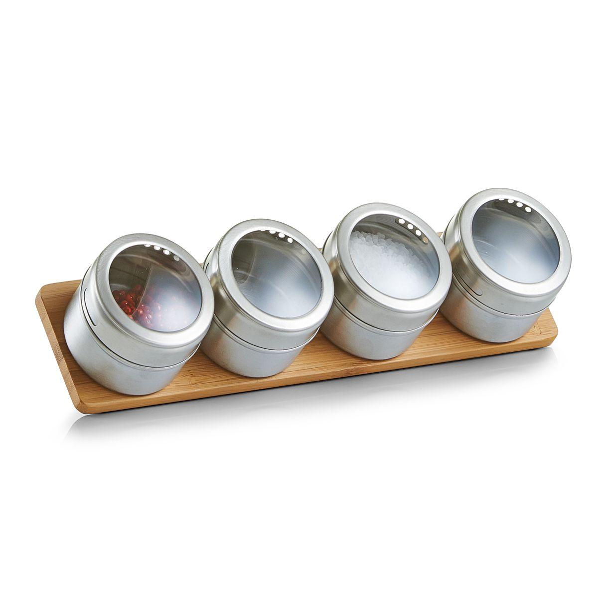 Набор для специй Zeller, на подставке, 5 предметов, 28 х 6,8 х 6 см19980Набор состоит из пяти баночек для специй и подставки. Баночки выполнены из нержавеющей стали , оснащены закручивающимися металлическими крышками. Подставка из дерева. Набор для специй стильно оформит интерьер кухни и станет незаменимым при приготовлении пищи. Компактный, он не занимает много места.