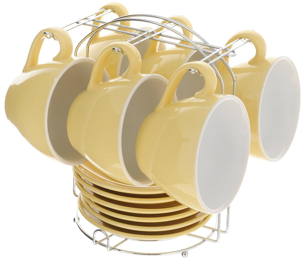 Набор чайный Loraine, на подставке, 13 предметов. 24862115610Набор Loraine состоит из шести чашек и шести блюдец, изготовленных из высококачественной керамики. Для компактного хранения изделий предусмотрена металлическая подставка. Такой набор идеально подойдет для подачи чая или кофе.Лаконичный дизайн придется по вкусу и ценителям классики, и тем, кто предпочитает утонченность и изысканность. Он настроит на позитивный лад и подарит хорошее настроение с самого утра. Чайный набор Loraine станет отличным подаркомдля вашего дома и для ваших друзей в праздники.Можно использовать в микроволновой печи, также мыть в посудомоечной машине. Объем чашки: 250 мл. Диаметр чашки (по верхнему краю): 10 см. Высота чашки: 7 см. Диаметр блюдца: 13,7 см. Высота блюдца: 1,8 см.Размер подставки: 17 х 16 х 21 см.