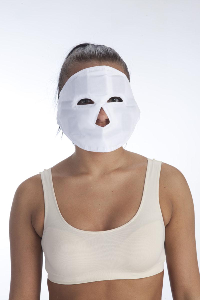 BRADEX Маска молодости магнитная КЛЕОПАТРАKZ 0007Если у Вас не хватает времени или средств на регулярное посещение элитных косметических салонов, то с помощью уникальной магнитной маски КЛЕОПАТРА Вы сможете приобрести идеальную кожу в домашних условиях. Маска состоит из дышащей ткани, в которую вставлены 11 эластомагнитов, расположенных на уровне активных биологических точек. Оказывает комплексное воздействие на состояние кожи лица: уже через несколько сеансов применения Вы заметите, что Ваша кожа стала более гладкой, новые морщины не появляются, а старые постепенно разглаживаются. - Удобная застежка позволяет маске КЛЕОПАТРА плотно прилегать к коже для полноценного ухода за лицом. - Изготовленная из мягкого нейлона, маска КЛЕОПАТРА подарит Вам комфортное ношение, а Вашей коже – приятное прикосновение. Комплектация: маска, инструкция по применению. Размер: 67Х16,5см Материал: нейлон, магниты.