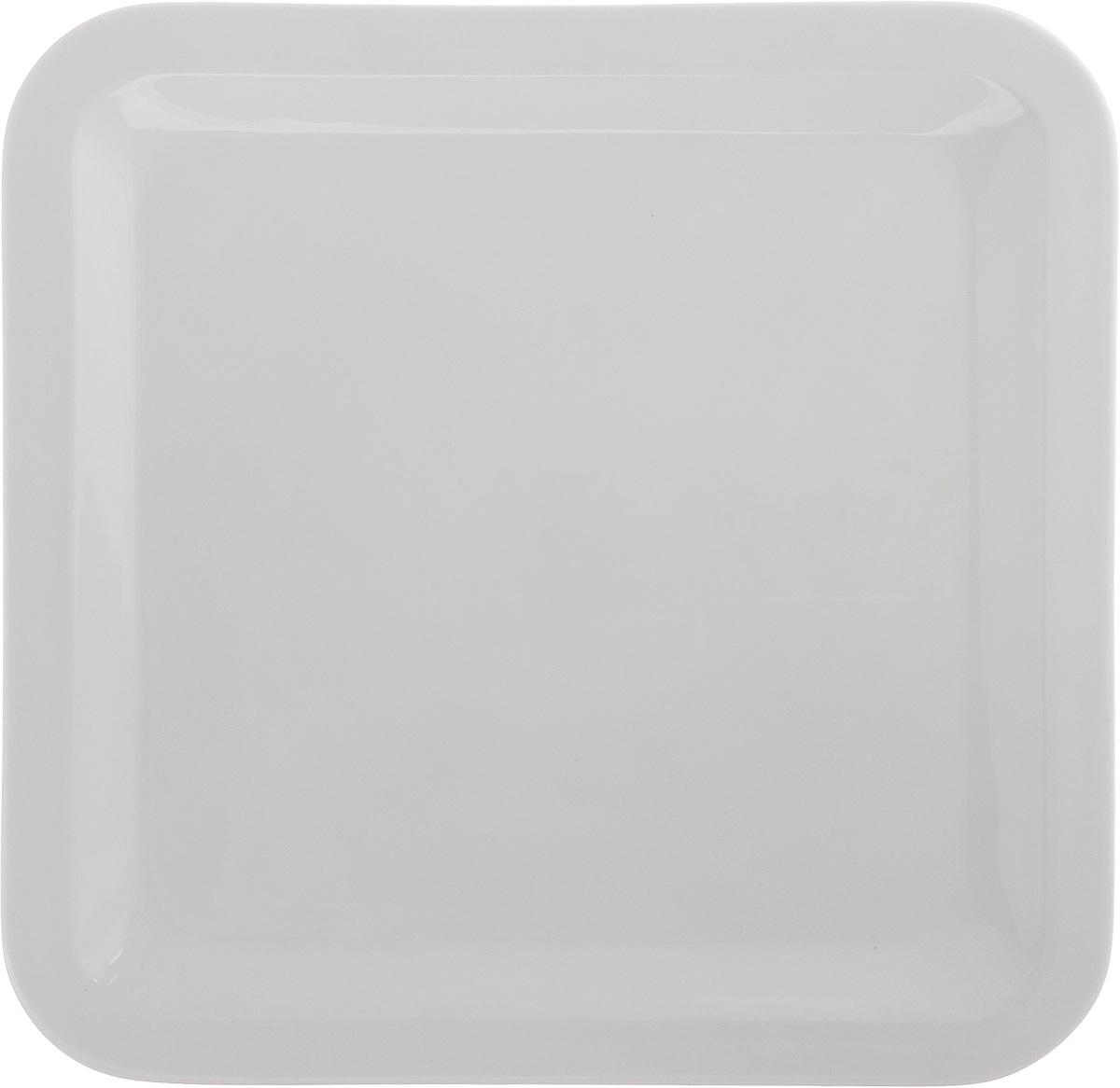 Тарелка Tescoma Gustito, 27 х 27 см386344Неглубокая тарелка Tescoma Gustito, выполненная из высококачественного фарфора, предназначена для подачи десертов, фруктов и многого другого. Изделие прекрасно впишется в интерьер современной кухни, а также изысканно украсит сервировку как обеденного, так и праздничного стола. Пригодна для использования в микроволновой печи. Можно мыть в посудомоечной машине.