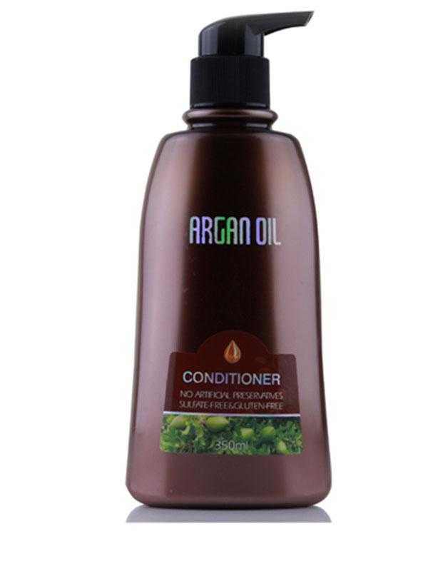 Morocco Argan Oil Бальзам для волос увлажняющий с маслом арганы, 350 мл.3078Активные ингредиенты и их эффект: Марокканское аргановое масло известно своими восстанавливающими свойствами, оно способствует естественному укреплению волос, помогает сохранить необходимый уровень влаги, защищает волосы от негативного влияния окружающих факторов.Экстракт водорослей кельп превосходно питает волосяные фолликулы, насыщая их йодом, витаминами А и Е, С и В, восполняя дефицит протеинов и полисахаридов, необходимых для роста сильных волос.Гинкго билоба великолепной восстанавливает волосы изнутри, способствует защите волос и запечатыванию секущихся кончиков.Корень долголетия – женьшень богат макро- и микроэлементами, витаминами С и Е, серой и другими важными для здоровья волос веществами.Этот богатый питательными элементаи экстракт улучшает состояние кожи головы, не дает развиваться бактериям, вызывающим перхоть, усиливает рост волос.Коллаген защищает волосы и дарит им непревзойденную гладкость и шелковистость. Кроме того, благодаря коллагену заметно замедляются процессы старения волос, что позволяет сохранить силу и молодость надолго!Экстракт шалфея способствует поддержанию необходимого рН кожи головы, препятствует появлению перхоти, восстанавливает и нормализует салоотделение. Витаминно - микроэлементный состав шалфея интенсивно питает волосяные луковицы, замеляя выпадение волос и стимулируя их рост.