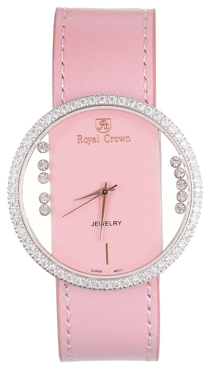 Часы наручные женские Royal Crown, цвет: светло-розовый, серебристый. 6110-RDM-4INT-06501Стильные женские часы Royal Crown изготовлены из нержавеющей стали и латуни, дополнены ремешком из натуральной кожи. Ремешок оформлен с внутренней стороны тиснением логотипа бренда. Для того чтобы защитить циферблат от повреждений в часах используется высокопрочное минеральное стекло. Корпус изделия оригинального дизайна, инкрустирован по кругу сверкающими чешскими цирконами и украшен россыпью камней, расположенных под стеклом и перемещающихся при движении руки. Циферблат выполнен без отметок и дополнен часовой, минутной и секундной стрелками.Корпус часов оснащен кварцевым механизмом, который имеет степень влагозащиты равную 3 Bar. Браслет комплектуется надежной и удобной в использовании застежкой-пряжкой, которая позволит с легкостью снимать и надевать часы, а также регулировать длину браслета. Часы упакованы в фирменную коробку и дополнительно в подарочный пакет с названием бренда.Часы Royal Crown подчеркнут изящность женской руки и отменное чувство стиля у их обладательницы.