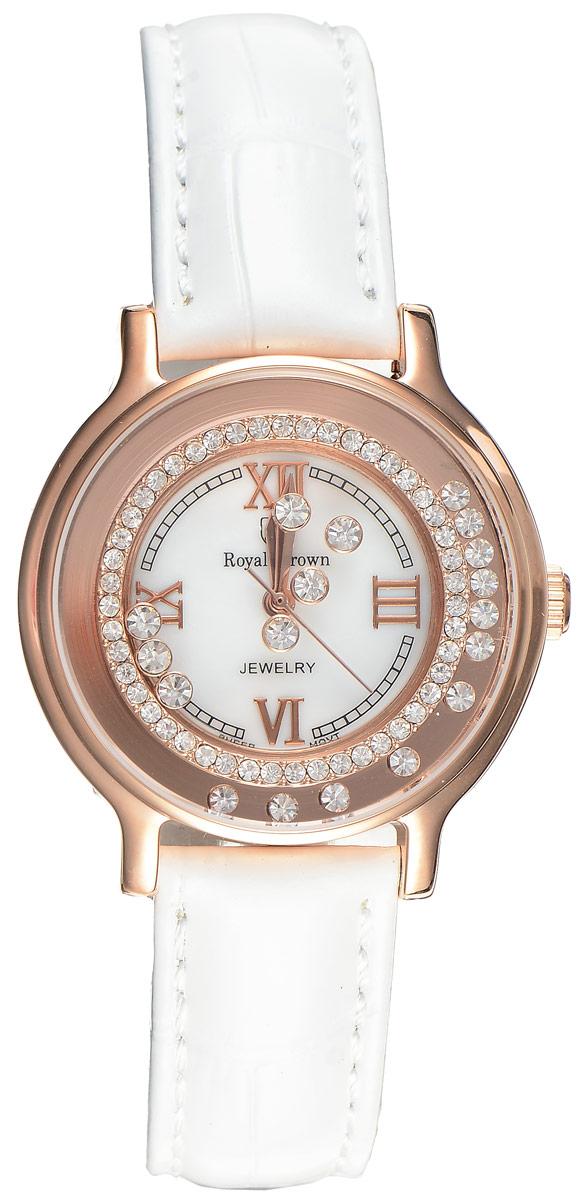 Часы наручные женские Royal Crown, цвет: золотой, белый. 3638L-RSG-2INT-06501Стильные женские часы Royal Crown изготовлены из высокотехнологичной гипоаллергенной нержавеющей стали и латуни и дополнены браслетом из натуральной кожи. С внутренней стороны браслет оформлен тиснением логотипа бренда. Покрытие корпуса - палладий с розовым золотом и родием, что придает часам благородный блеск драгоценных металлов. Корпус часов оснащен кварцевым японским механизмом, который имеет степень влагозащиты равную 3 Bar, а также устойчивым к царапинам минеральным стеклом. На белом циферблате римские цифры органично сочетаются с гранеными стрелками. Циферблат под стеклом обрамлен ободком из мелких цирконов и декорирован россыпью камней более крупного размера, которые перемещаются при движении руки.Браслет комплектуется надежной и удобной в использовании застежкой-пряжкой, которая позволит с легкостью снимать и надевать часы, а также регулировать длину браслета.Часы упакованы в фирменную коробку и дополнительно в подарочную сумку с названием бренда.Часы Royal Crown подчеркнут изящность женской руки и отменное чувство стиля у их обладательницы.