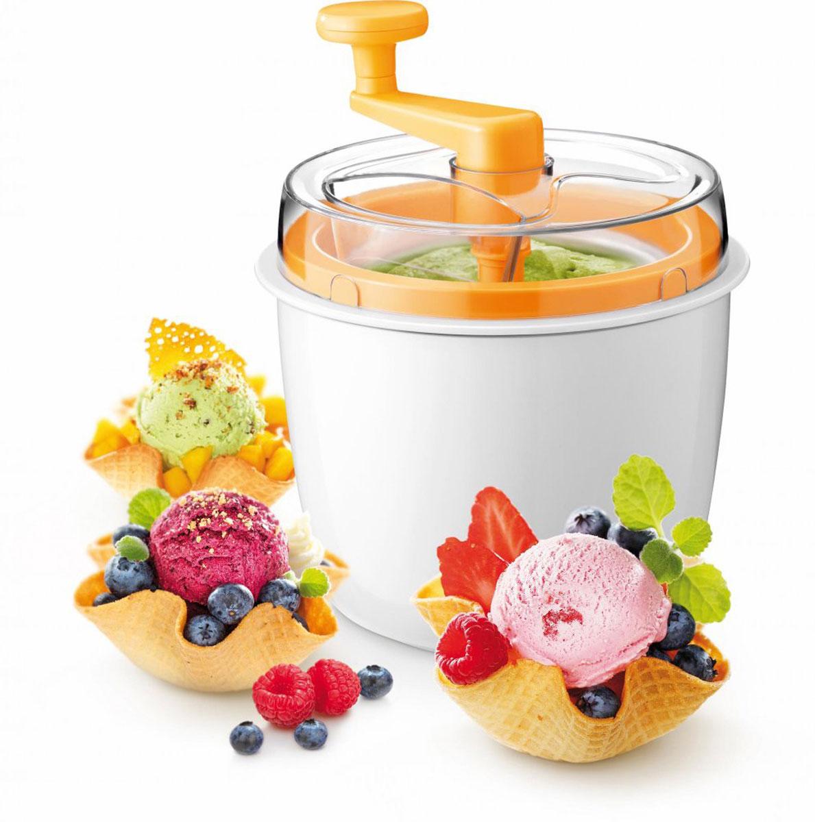 Приспособление для изготовления мороженого Tescoma Della Casa. 643180643180Приспособление Tescoma Della Casa отлично подходит для приготовления домашнего мороженого без консервантов, искусственных красителей и чрезмерных подсластителей. Приспособление для изготовления мороженого изготовлено из прочного высококачественного пластика, внутренний контейнер изготовлен из безопасного материала (алюминия). Рецепты приготовления домашнего мороженого, фруктового мороженого, шоколадного, творожного или йогуртного мороженого и сорбета прилагаются в комплекте. Все пластмассовые детали приспособления пригодны для мытья в посудомоечной машине. Контейнер для замораживания c охладителем необходимо промывать под проточной водой и высушивать. Контейнер не пригоден для мытья в посудомоечной машине. Объем контейнера: 600 мл. Размер приспособления: 16 х 16 х 23 см.