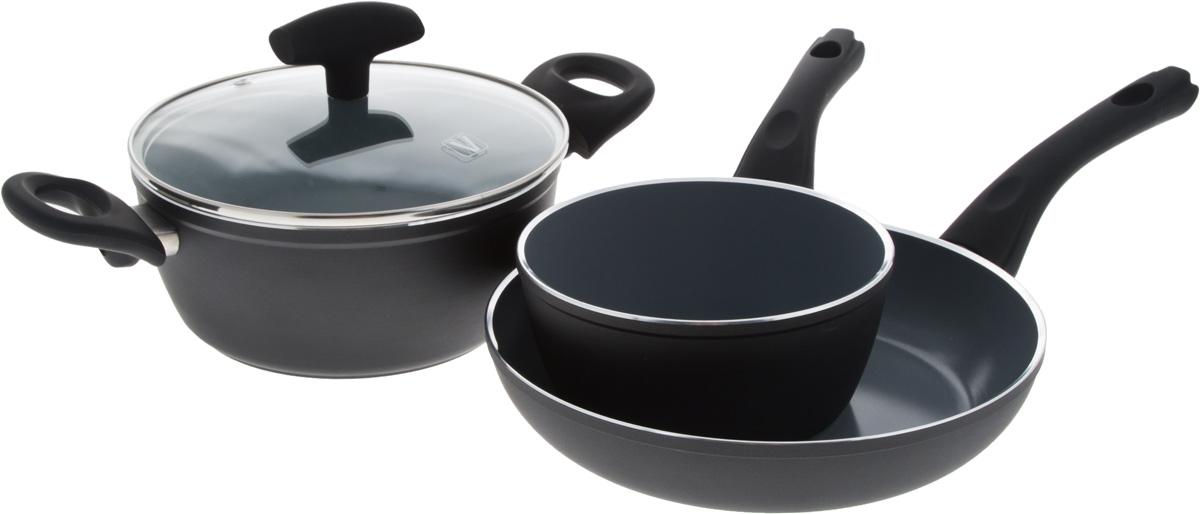 Набор посуды Vitesse Black–and–White, с антипригарным покрытием, 4 предмета. VS-290194672Набор посуды Vitesse Black-and-White состоит из кастрюли с крышкой, ковша и сковороды. Изделия выполнены из высококачественного алюминия. Внешнее термостойкое покрытие, подвергшееся высокотемпературной обработке, обеспечивает легкую чистку. Внутреннее керамическое покрытие Eco-Cera абсолютно безопасно для здоровья человека и окружающей среды, так как не содержит вредной примеси PFOA и имеет низкое содержание CO в выбросах при производстве. Керамическое покрытие обладает устойчивостью к царапинам и механическим повреждениям. Прочность покрытия позволяет готовить при температуре до 450°С и использовать металлические лопатки. Кроме того, с таким покрытием пища не пригорает и не прилипает к стенкам. Готовить можно с минимальным количеством подсолнечного масла. Дно изделий снабжено антидеформационным индукционным диском. Посуда быстро разогревается, распределяя тепло по всей поверхности, что позволяет готовить в энергосберегающем режиме, значительно сокращая время, проведенное у плиты.Посуда оснащена удобными ненагревающимися ручками из бакелита с эффектом Soft-Touch.Крышка из термостойкого стекла позволит следить за процессом приготовления пищи без потери тепла. Она плотно прилегает к краям кастрюли, сохраняя аромат блюд. Можно использовать на газовых, электрических, стеклокерамических, галогенных, индукционных плитах. Можно мыть в посудомоечной машине. Объем кастрюли: 2,3 л.Объем ковша: 1,2 л.Диаметр кастрюли (по верхнему краю): 21 см. Диаметр ковша (по верхнему краю): 16,5 см.Диаметр сковороды (по верхнему краю): 24,5 см.Высота кастрюли: 9 см.Высота ковша: 7,5 см.Высота сковороды: 5 см.Диаметр дна кастрюли: 15 см.Диаметр дна ковша: 12,5 см.Диаметр дна сковороды: 18 см.