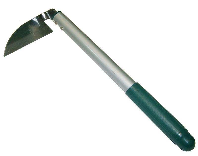 Тяпка Skrab, косая. 2807128071Мотыга, тяпка - является сельскохозяйственным инструментом, преимущественно для работы на частном подворье, в саду или на даче Заметно уменьшает трудоемкость прополки и рыхления почвы, а также уничтожения сорняков Материалом для изготовления служит нержавеющая сталь со специальной закалкой, придающей режущей кромке достаточную прочность и возможность заточки во время работы.