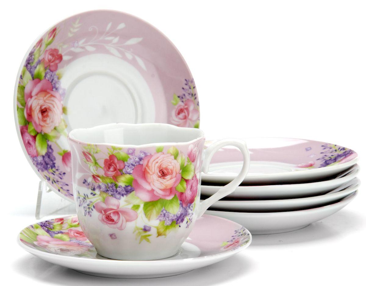 Чайный сервиз Loraine Цветы, 220 мл, 12 предметов. 25910115610Чайный сервиз на 6 персон изготовлен из качественного фарфора и оформлен красивым рисунком. Элегантный и удобный чайный сервиз не только украсит сервировку стола, но и поднимет настроение и превратит процесс чаепития в одно удовольствие.Сервиз состоит из 12 предметов: шести чашек и шести блюдец, упакованных в подарочную коробку. Чашки имеют удобную, изящную ручку.Изделия легко и просто мыть.Диаметр чашки: 8 см.Высота чашки: 7,5 см.Объем чашки: 220 мл.Диаметр блюдца: 14 см.