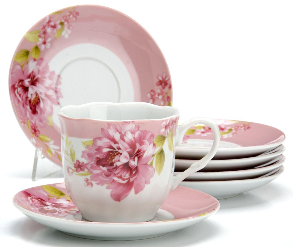 Чайный сервиз Loraine Цветы, 220 мл, 12 предметов. 25915115610Чайный сервиз на 6 персон изготовлен из качественного фарфора и оформлен красивым рисунком. Элегантный и удобный чайный сервиз не только украсит сервировку стола, но и поднимет настроение и превратит процесс чаепития в одно удовольствие.Сервиз состоит из 12 предметов: шести чашек и шести блюдец, упакованных в подарочную коробку. Чашки имеют удобную, изящную ручку.Изделия легко и просто мыть.Диаметр чашки: 8 см.Высота чашки: 7,5 см.Объем чашки: 220 мл.Диаметр блюдца: 14 см.