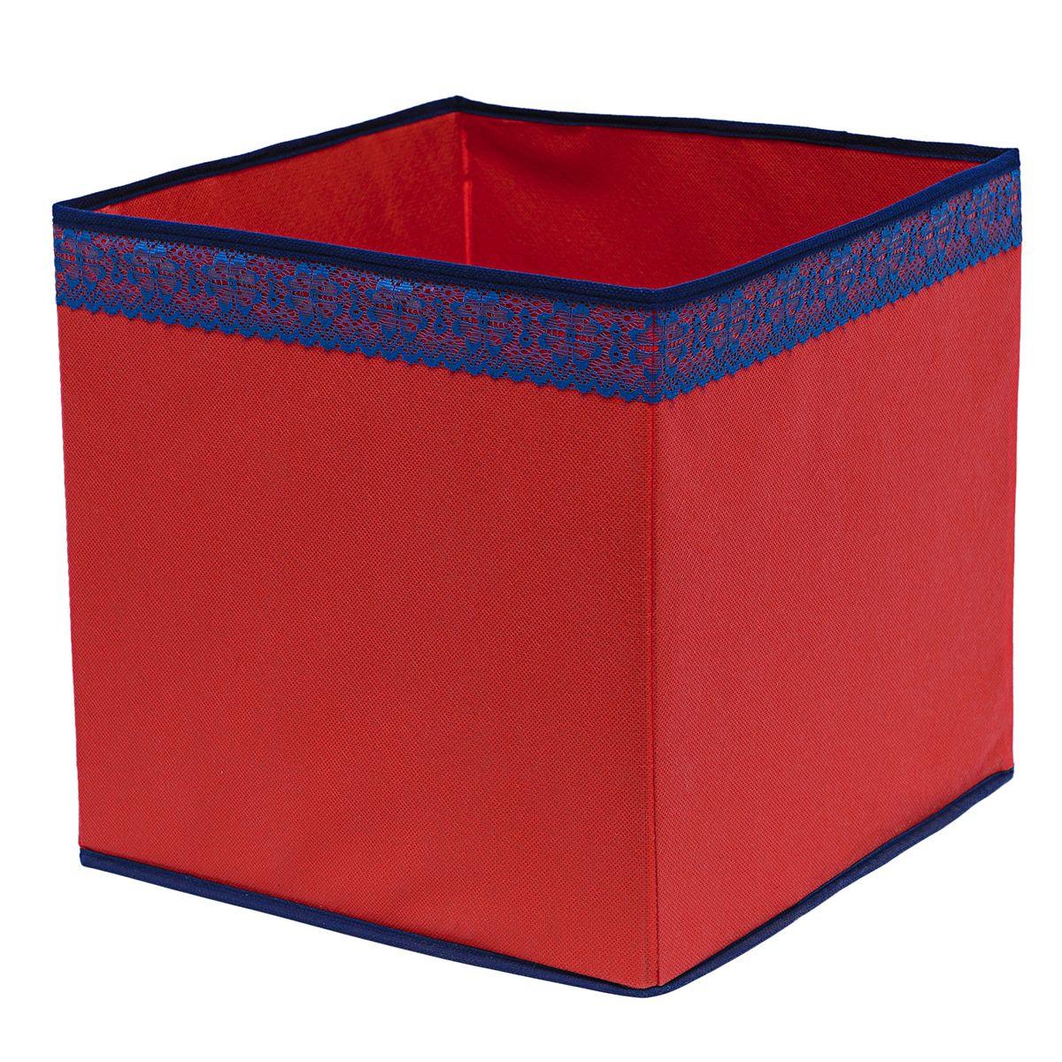 Кофр для хранения Homsu Rosso, 32 х 32 х 32 смZ-0307Кофр для хранения Homsu Rosso изготовлен из высококачественного нетканого полотна и декорирован вставкой из кружева. Кофр имеет одно большое отделение, где вы можете хранить различные бытовые вещи, нижнее белье, одежду и многое другое. Вставки из картона обеспечивают прочность конструкции. Стильный принт, модный цвет и качество исполнения сделают такой кофр незаменимым для хранения ваших вещей.