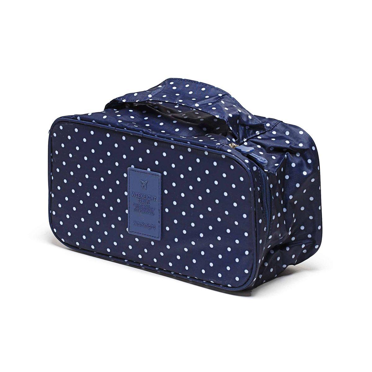 Косметичка-органайзер Homsu, цвет: синий, 28 x 13 x 15 смHOM-355Косметичка-органайзер Homsu выполнена из высококачественного полиэстера. Закрывается изделие на застежку-молнию. Внутри имеется 4 отделения для мелочей, а также дополнительная сумочка размером 22 х 14 см, которая крепится к косметичке посредством липучки и надежно защищает ваши вещи за счет удобной молнии. Теперь вы сможете всегда брать с собой все, что вам может понадобиться. Сверху органайзера имеется ручка для удобной переноски. Косметичка-органайзер Homsu станет незаменимым аксессуаром для любой девушки. Размер косметички: 28 х 13 х 15 см. Размер сумочки: 22 х 14 см.