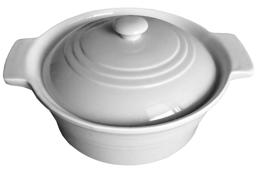 Керамическая форма для запекания Calve, 1,7 л13-540Керамическая форма для запекания имеет целый ряд преимуществ: ее можно использовать в духовке, конвекционной и микроволновой печи, однако ее нельзя ставить на открытый огонь. Во время процесса приготовления посуда из керамики впитывает лишнюю влагу из продукта и хранит тепло. Такая форма подойдет для хранения блюда в холодильнике и морозильной камере. Продукты из холодильника в ней будут оставаться холодными еще долго – это связано с медленной теплоотдачей глины.