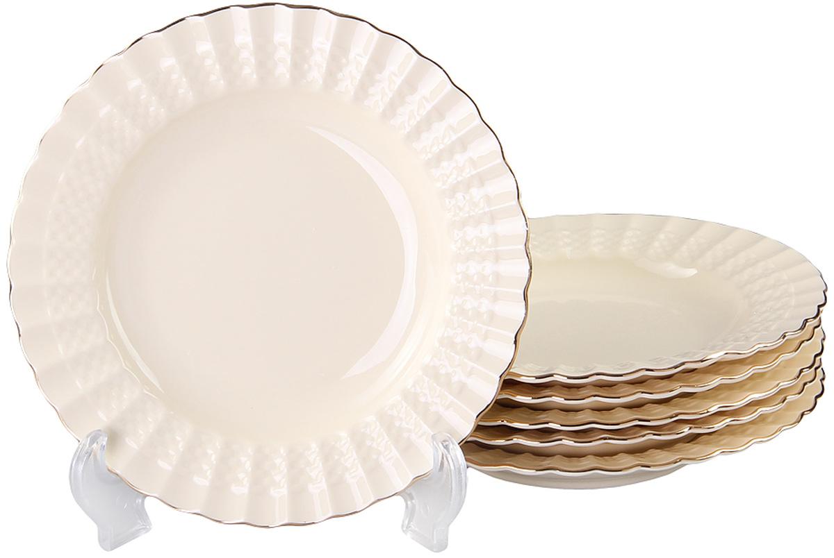 Тарелка глубокая Patricia, диаметр 19 см, 6 шт. IM52-4011IM52-4011Набор состоит из шести глубоких тарелок диаметром 19 см. Все изделия выполнены из фарфора высокого качества и украшены позолотой.