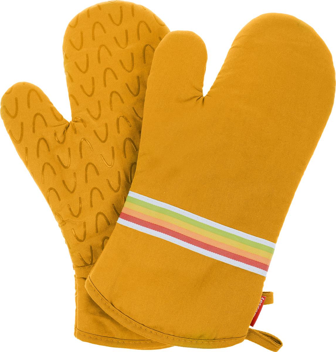 Рукавица-прихватка Tescoma Presto Tone, цвет: желтый, 33 х 18 см, 2 шт531-401Рукавица-прихватка Tescoma Presto Tone, изготовленная из 100% хлопка и термостойкого силикона, имеет яркий дизайн. Для простоты и удобства хранения, изделие оснащено петелькой для подвешивания и магнитом. Такая прихватка защитит ваши руки от высоких температур и предотвратит появление ожогов. Рекомендуется стирка при температуре 30°С. Размер изделия (ДхШ): 33 х 18 см.Комплектация: 2 шт.