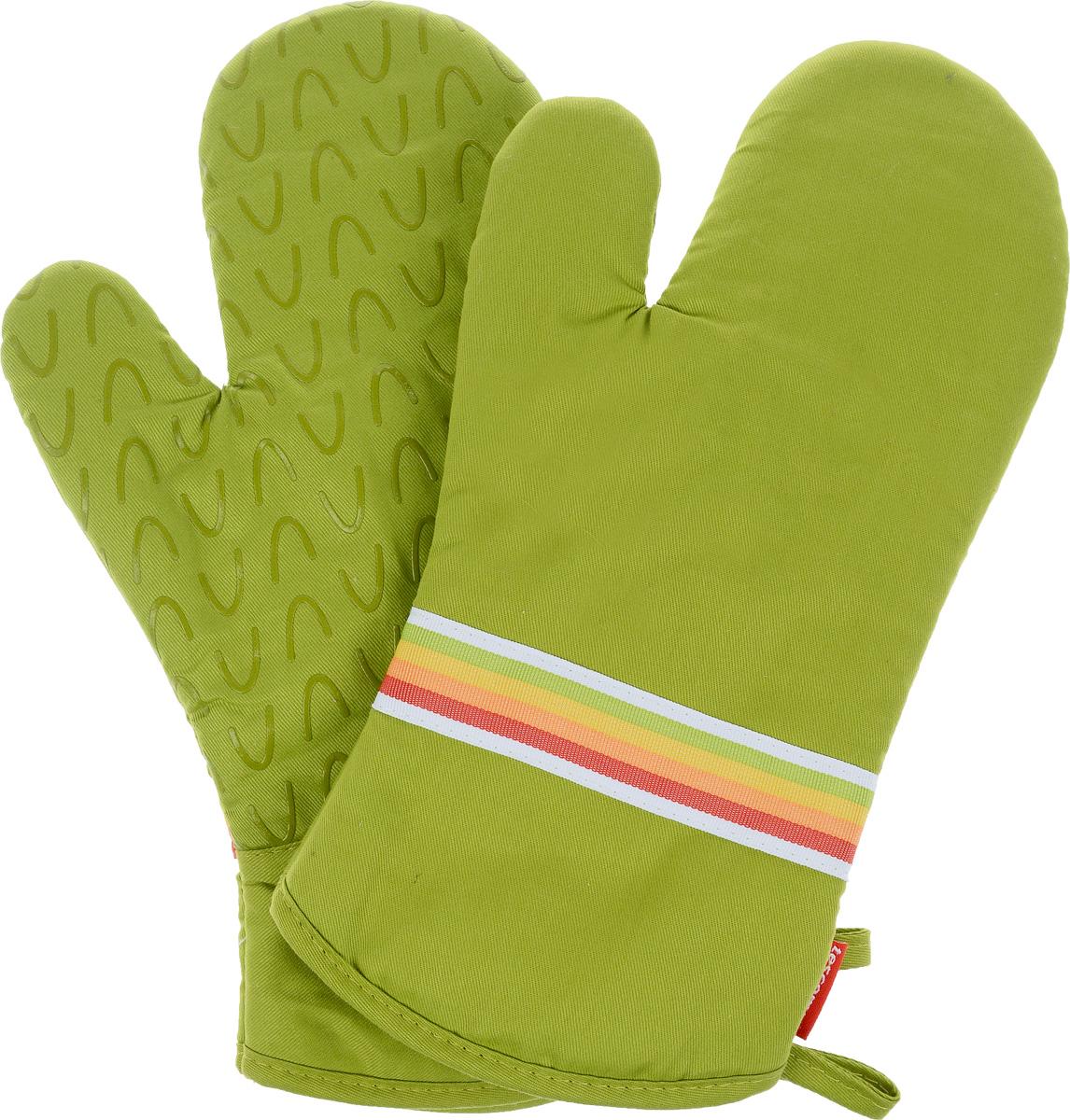 Рукавица-прихватка Tescoma Presto Tone, цвет: зеленый, 33 х 18 см, 2 шт639751_зеленыйРукавица-прихватка Tescoma Presto Tone, изготовленная из 100% хлопка и термостойкого силикона, имеет яркий дизайн. Для простоты и удобства хранения, изделие оснащено петелькой для подвешивания и магнитом. Такая прихватка защитит ваши руки от высоких температур и предотвратит появление ожогов. Рекомендуется стирка при температуре 30°С. Размер изделия (ДхШ): 33 х 18 см. Комплектация: 2 шт.