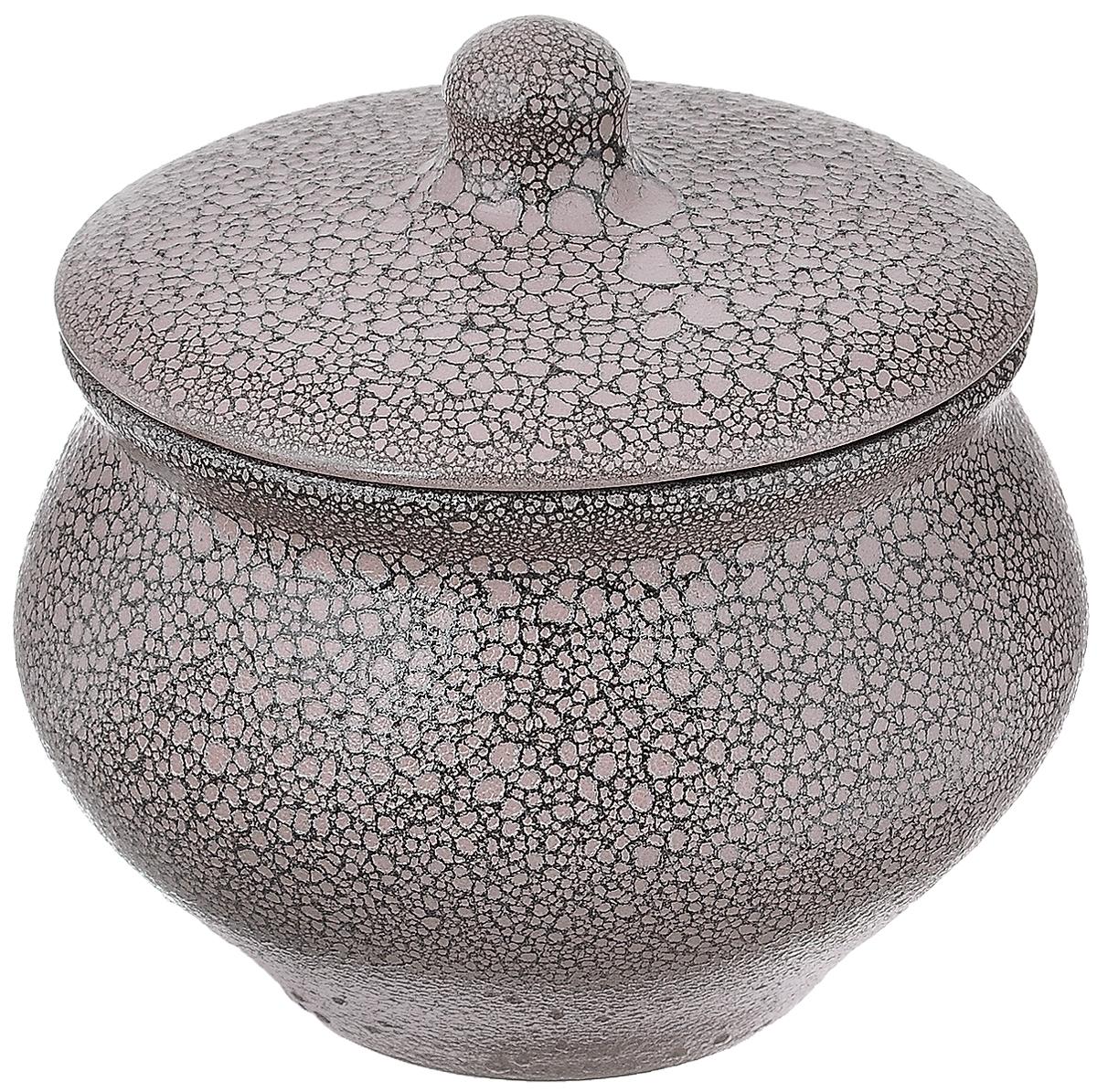 Горшок для жаркого Борисовская керамика Мрамор, 1,3 лМРМ14456861Горшок для жаркого Борисовская керамика Мрамор выполнен из высококачественной керамики. Внутренняя поверхность покрыта глазурью, а внешние стенки имеют шероховатую поверхность под мрамор. Керамика абсолютно безопасна, поэтому изделие придется по вкусу любителям здоровой и полезной пищи. Горшок для запекания с крышкой очень вместителен и имеет удобную форму. Идеально подходит для приготовления 2-3 порций. Уникальные свойства красной глины и толстые стенки изделия обеспечивают эффект русской печи при приготовлении блюд. Это значит, что еда будет очень вкусной, сочной и здоровой. Посуда жаропрочная. Можно использовать в духовке и микроволновой печи. Диаметр горшочка (по верхнему краю): 15 см. Высота (без учета крышки): 12 см.