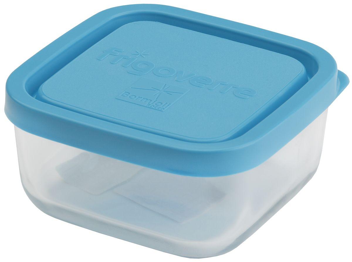 Контейнер Bormioli Rocco Frigoverre, квадратный, цвет крышки: синий, 240 млB335190-1Bormioli Rocco Стеклянный герметичный контейнер для хранения пищи Frigoverre с синей крышкой квадратный 10х10 см, 240 мл. Из холодильника сразу в микроволновую печь! Выдерживают температурный удар от – 20С до +70С. Безопасны для хранения готовых продуктов. Не содержат Бисфенол А. BPA Free. Закаленное стекло. В 5 раз повышена ударостойкость. Устойчивы к царапинам и сколам. Удобство использования. Изделия легко моются. Можно использовать в посудомоечной машине. Настоящее итальянское качество!