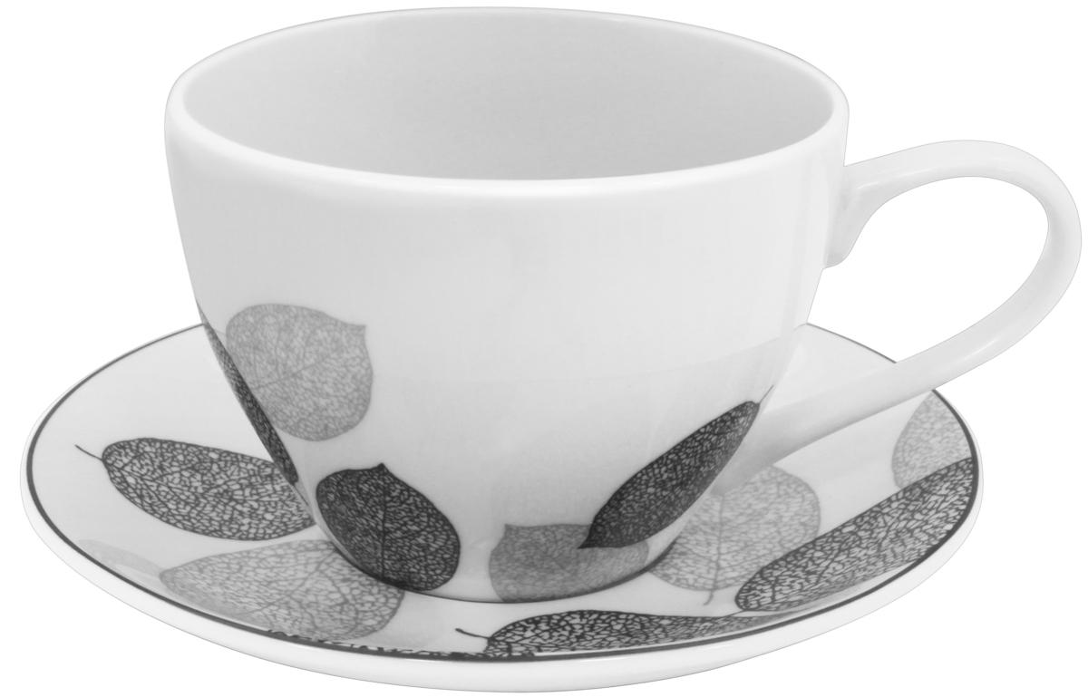 Набор чайный Esprado Bosqua Platina, 12 предметовBPL031SE304Чайный набор Esprado Bosqua Platina состоит из шести чашек и шести блюдец, изготовленных из высококачественного костяного фарфора. Над созданием дизайна коллекций посуды из фарфора Esprado работает международная команда высококлассных дизайнеров, не только воплощающих в жизнь все новейшие тренды, но также и придерживающихся многовековых традиций при создании классических коллекций. Посуда из костяного фарфора будет идеальным выбором, для тех, кто предпочитает красивую современную посуду из высококачественного материала, которая отличается высокой прочностью и подходит для ежедневного использования. Коллекция Bosqua Platina для тех, кто находится в поиске смелых и уникальных идей для своей кухни! В основе дизайна этой коллекции лежит мотив танца осенних листьев, который не только радует глаз, но и наилучшим образом преподносит красоту блюда, с любовью приготовленного хозяйкой. Можно использовать в микроволновки печи и мыть...