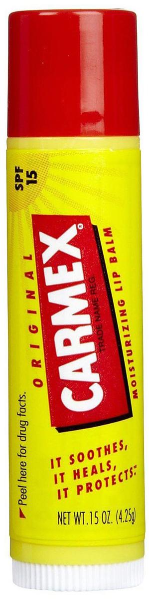 Carmex Бальзам для губ классический, стик в блистере, 4,25 гFS-00103Уникальная формула CARMEX содержит специальные ингредиенты, которые вызывают ощущение покалывания - это означает, что CARMEX работает; увлажняя и защищая губы, делает их мягкими и здоровыми.