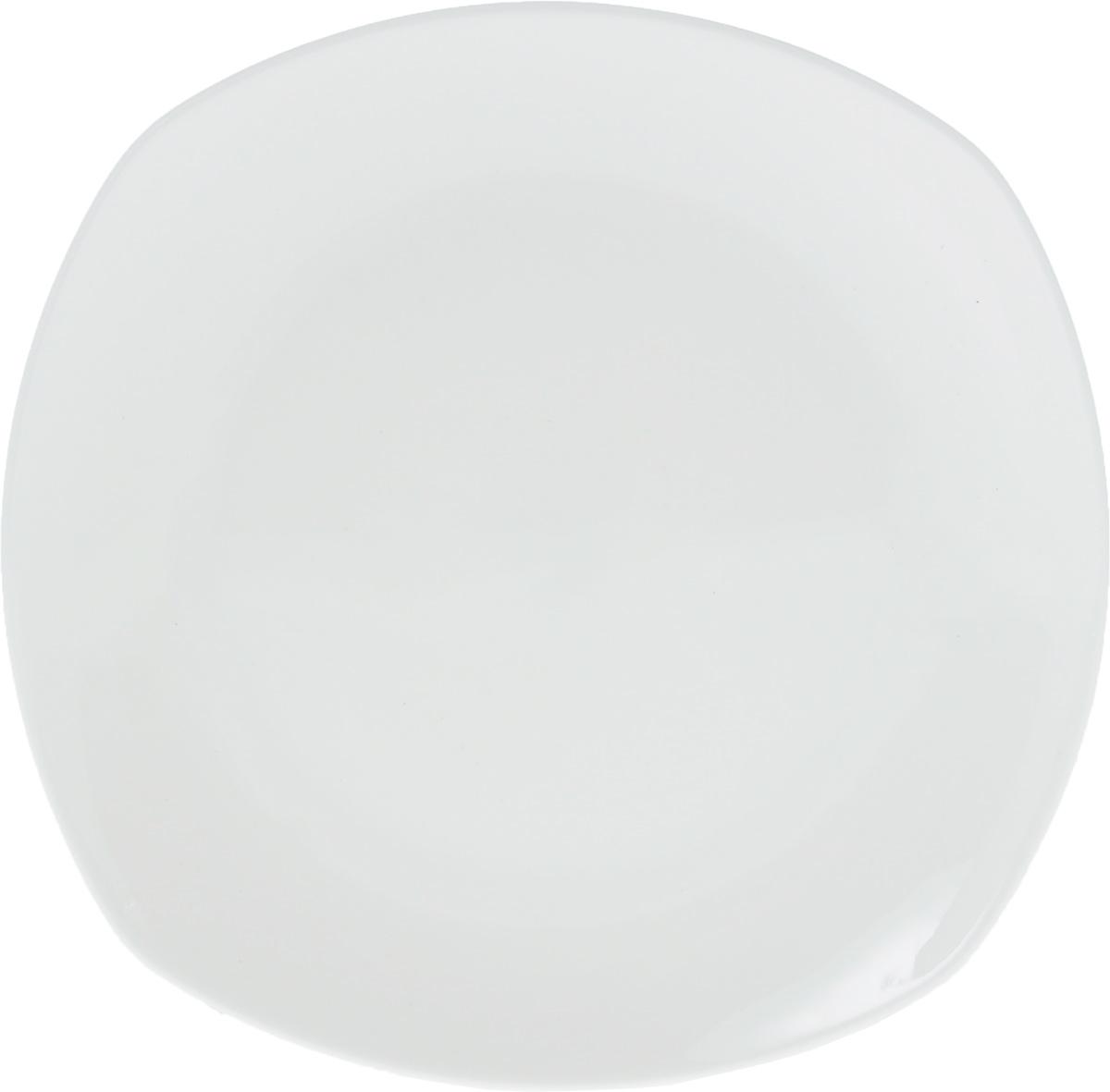 Тарелка Wilmax, 19,5 х 19,5 смWL-991001 / AТарелка Wilmax, изготовленная из высококачественного фарфора, имеет оригинальную форму. Изящный дизайн придется по вкусу и ценителям классики, и тем, кто предпочитает утонченность и изысканность. Тарелка Wilmax идеально подойдет для сервировки стола и станет отличным подарком к любому празднику. Можно мыть в посудомоечной машине и использовать в микроволновой печи. Размер тарелки (по верхнему краю): 19,5 х 19,5 см.