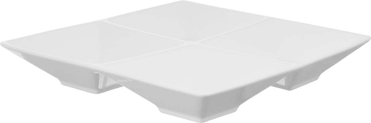 Менажница Wilmax, 4 секцииVT-1520(SR)Менажница Wilmax изготовлена из высококачественного фарфора. Она состоит из 4 секций, предназначенных для подачи сразу нескольких видов закусок, нарезок, соусов и варенья.Оригинальная менажница Wilmax станет настоящим украшением праздничного стола и подчеркнет ваш изысканный вкус. Размер менажницы: 20 х 20 см.Размер секций: 10 х 10 см.