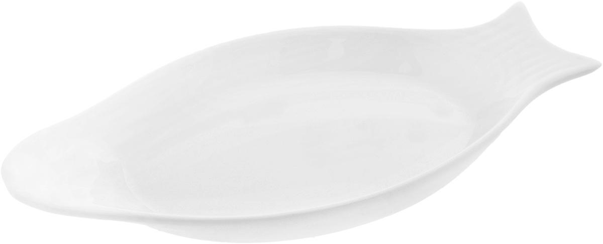 Блюдо Wilmax Рыбка, 25 х 12 см115510Оригинальное блюдо Wilmax Рыбка, изготовленное из фарфора с глазурованным покрытием, прекрасно подойдет для подачи нарезок, закусок и других блюд. Оно украсит ваш кухонный стол, а также станет замечательным подарком к любому празднику.Размер блюда: 25 х 12 см.
