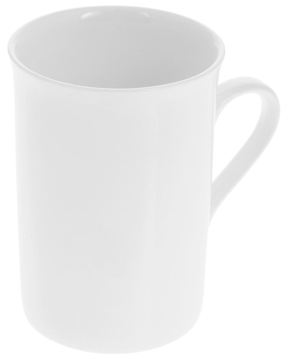 Кружка Wilmax, 300 млWL-993013 / AКружка Wilmax, изготовленная из высококачественного фарфора, сочетает в себе оригинальный дизайн и функциональность. Такая кружка идеально впишется в интерьер современной кухни, а также станет хорошим и практичным подарком на любой праздник. Диаметр кружки (по верхнему краю): 7,5 см. Высота кружки: 10,5 см.