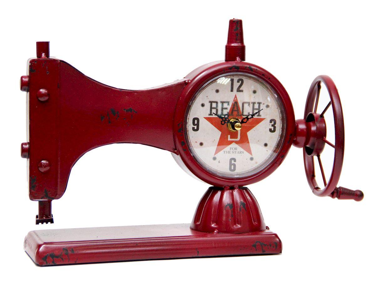 Часы настольные Magic Home Швейная Машинка, кварцевые, цвет: красный41496Настольные кварцевые часы Magic Home Швейная Машинка изготовлены из металла, циферблат с покрытием из принтованной бумаги. Настольные часы Magic Home Швейная Машинка прекрасно оформят интерьер дома или рабочий стол в офисе. Часы работают от одной батарейки типа АА мощностью 1,5V (не входит в комплект).
