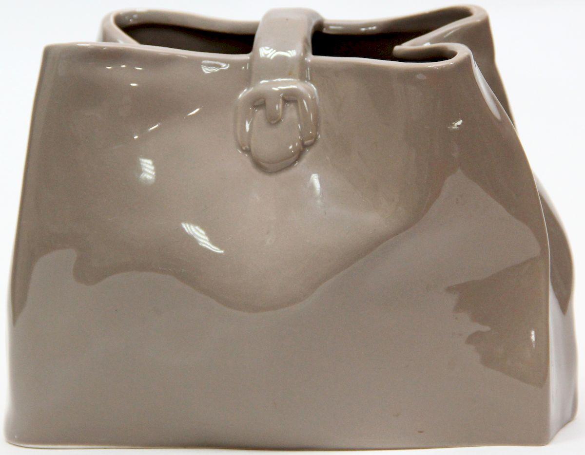 Ваза декоративная Magic Home, цвет: латте, 20,6 х 10,2 х 15 см36627Декоративная ваза Magic Home станет не только отличным подарком, но и практичным украшением интерьера.